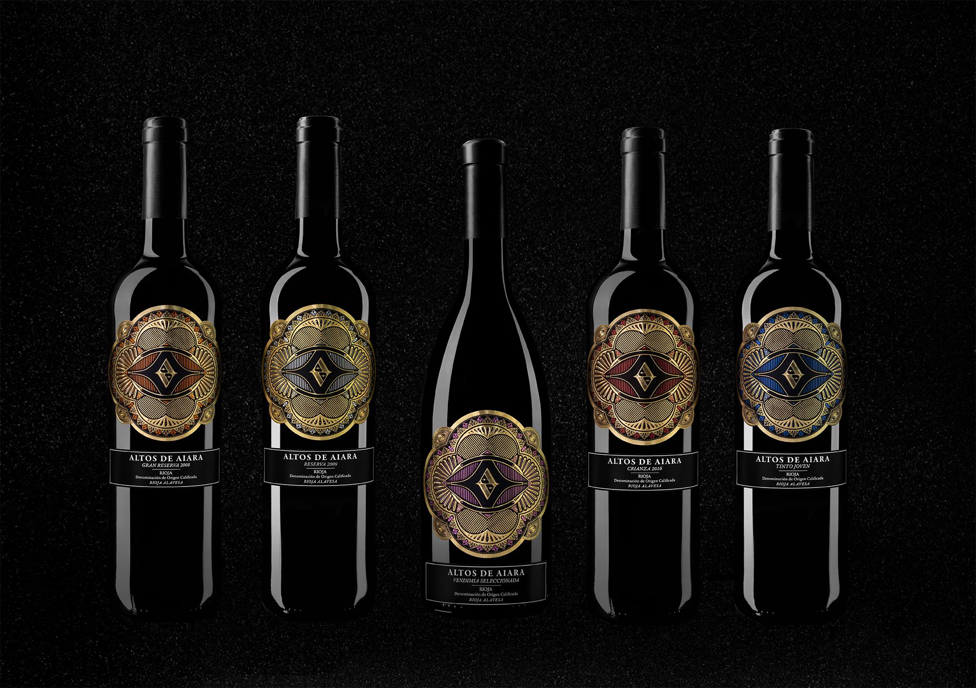 Fotografía de producto del diseño de packaging para la gama de vinos Altos de Aiara, Rioja, la guardia, bodega Ruiz de Viñaspre.