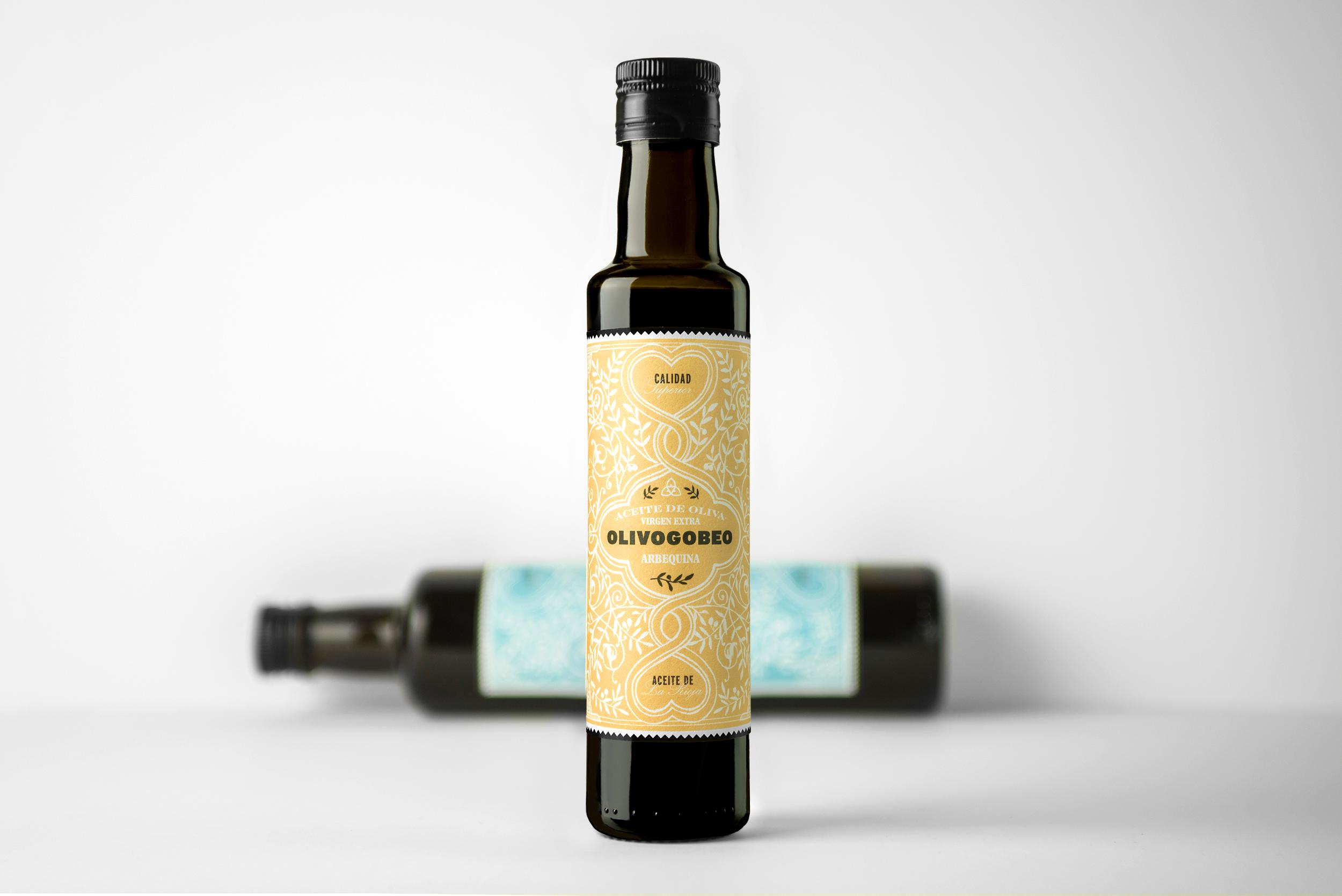 Fotografía y diseño de etiquetas aceite de oliva olivogobeo presentación