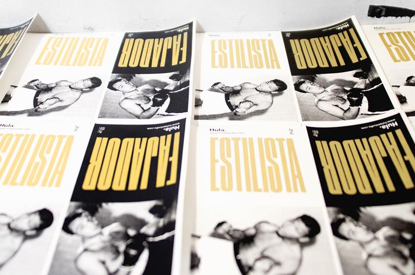 Fotografía del diseño de etiqueta Estilista Vs fajador, en planchas recién salida de serigrafía manual