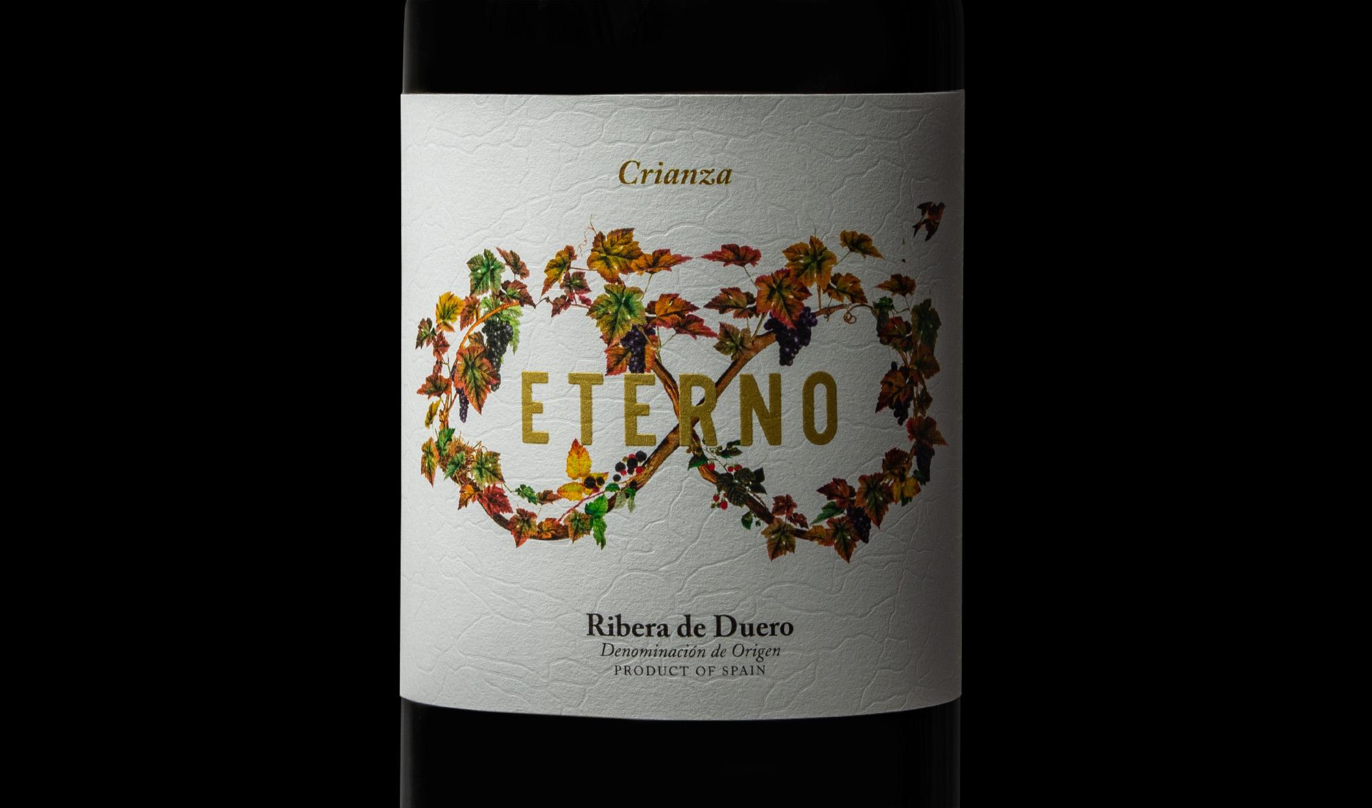 Detalle del diseño e ilustración para la etiqueta de vino crianza eterno